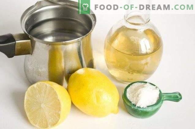 Marinuoti kopūstai su spanguolėmis citrinų marinade