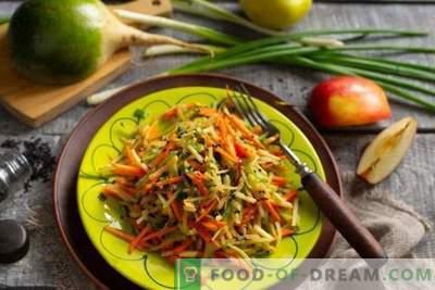 Naudingos žalios ridikėlių salotos su morkomis