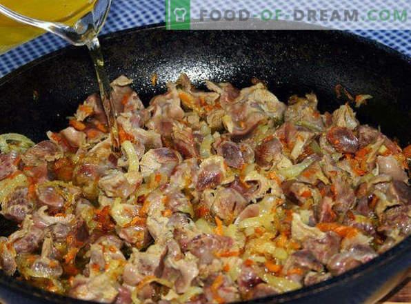 Wie man leckere Hühnchenmägen in einer Pfanne, im Schmortopf, im Ofen, in Sauerrahm und in Töpfen kocht