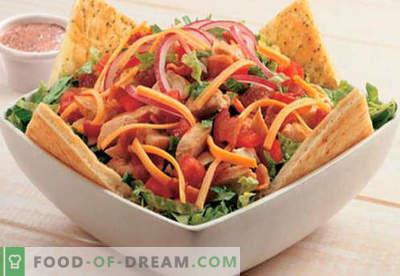 Rūkyta dešra salotos - įrodyta receptai. Kaip virti salotos su rūkyta dešra.
