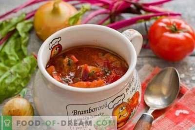 Borsch with meat and beet tops