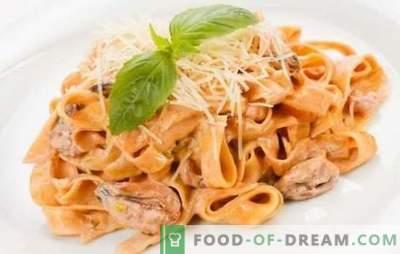 Makaronai su jūros gėrybėmis grietinėlės padaže - subtilus Italijos skonis! Įrodyti receptai makaronai su jūros gėrybėmis grietinėlės padaže