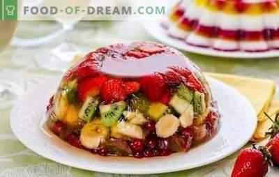 Želė su vaisiais yra lengvas ir spalvingas. Originalūs vaisių, pieno, grietinės želė su vaisiais receptai