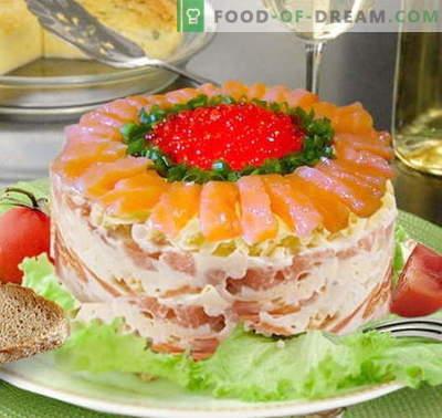 Karališkosios salotos su lašiša - tinkami receptai. Greitai ir skaniai virkite Royal salotas su lašiša.