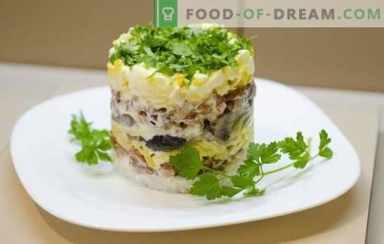 Paprasta vištienos krūtinėlės salotos - gera pradžia vakarienei ar pilnas pakeitimas? Geriausi paprasti salotos su vištienos krūtimis receptai