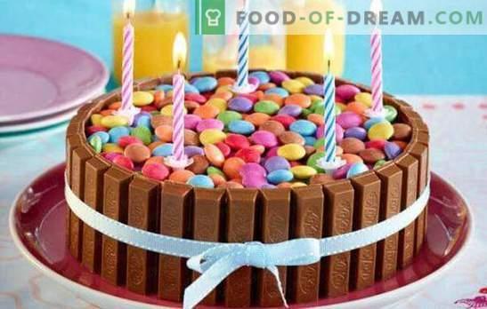 Šokoladiniai pyragaičiai - neįprasti toliau! Originalaus šokolado, baltojo ir tamsaus šokolado pyragaičių receptai