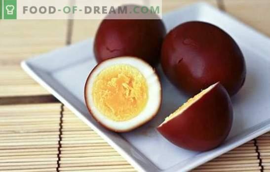 Rūkyti kiaušiniai - originalus paprasto produkto užkandis. Rūkyti kiaušiniai namuose ir receptai su jais