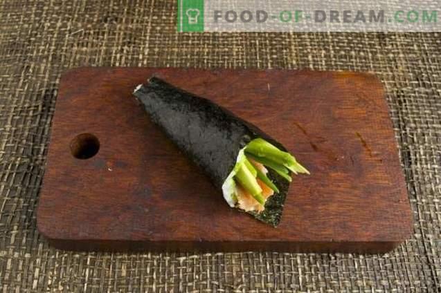 Temaki suši su avokadu ir upėtakiais