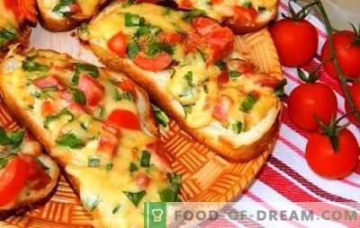Karšti sumuštiniai su lydytu sūriu - beveik pica! Įvairių karštų sumuštinių receptai su lydytu sūriu, dešra, kiaušiniu