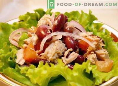 Salotos su vištiena ir pupelėmis - geriausi receptai. Kaip tinkamai ir skaniai paruošti vištienos ir pupelių salotos.