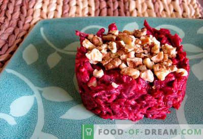 Biešu salāti ar ķiplokiem - piecas labākās receptes. Kā pareizi un garšīgi pagatavot salātus no bietes ar ķiplokiem.
