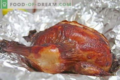 Pollo en papel de aluminio - las mejores recetas. Cómo cocinar correctamente y sabroso pollo en papel de aluminio.