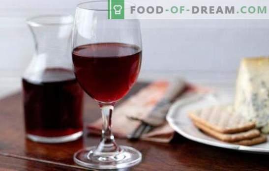 Raudonasis vynas namuose yra vertingas natūralus produktas. Raudonojo vyno receptai namuose iš uogų ir uogienės