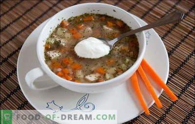 Universalios dietos: grikių sriuba su vištiena. Grikių sriubos su vištiena, grybais, grūdais arba daržovėmis receptai