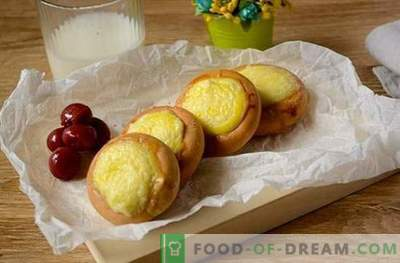 Džiovinti sūrio pyragaičiai: unikaliai paprasta deserto nuotrauka. Sūrių pyragaičiai iš džiovinimo: skanus maistas ruošiamas skubėti