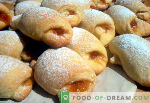 Рогали на заквасена сметана - най-добрите рецепти. Как да правилно и вкусно готви бисквити на заквасена сметана.