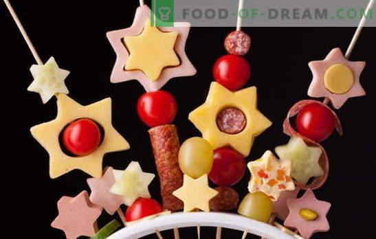 Kanapės vaikams - įdomūs fejerverkai ant stalo! Miniatiūrinių canapes sumuštinių receptai vaikams: saldus ir sūrus