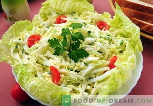 Kopūstų salotos su kiaušiniais - penki geriausi receptai. Tinkamai ruošiami ir skanūs salotos su kopūstais ir kiaušiniais.