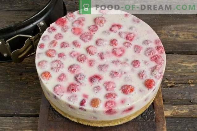 Cheesecake met aardbeien zonder bakken