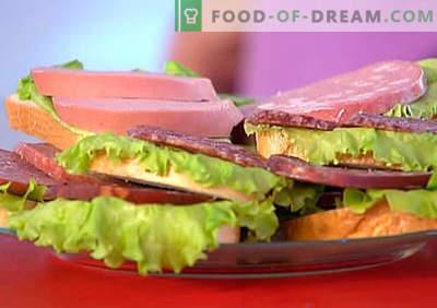 I panini con salsiccia sono le migliori ricette. Come cucinare rapidamente e gustosi panini con salsiccia.