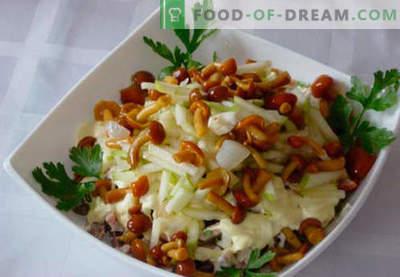 Marinēti salātu salāti - piecas labākās receptes. Kā pareizi un garšīgi sagatavot salātus ar marinētām sēnēm.