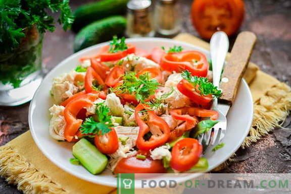 Dietinės salotos su vištiena be majonezo