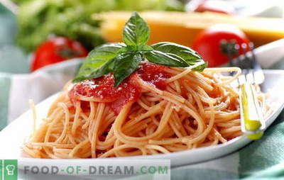 Spageti su pomidorų pasta: virti lengva. Spageti receptai su kasdieniu pomidorų padažu: su daržovėmis, vištiena, rūkyta mėsa