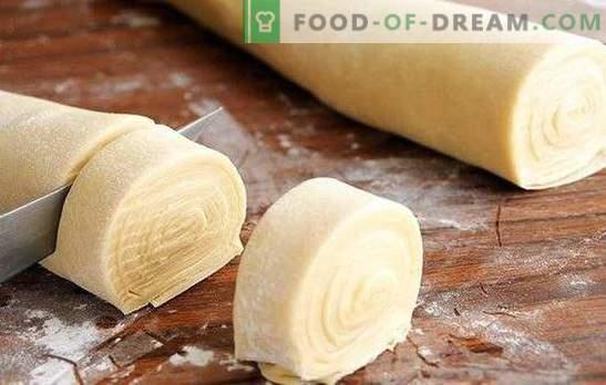 Gera tešla samsa yra nuostabaus rezultato pagrindas! Paruoškite tikrą tešlą samsa su riebalais, jogurtu, pienu, vandeniu