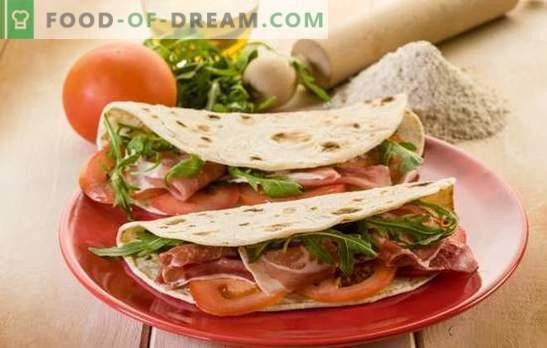 Shawarma abierto: comida rápida saludable en su cocina. Recetas abiertas de shawarma en pan de pita, pan o pan plano mexicano
