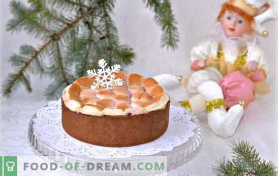 Tortas su marshmallow yra subtilus gydymas. Kaip kepti pyragą su grietinėlės ar vaivorykštiniu pudingu, kaip tai padaryti be kepimo