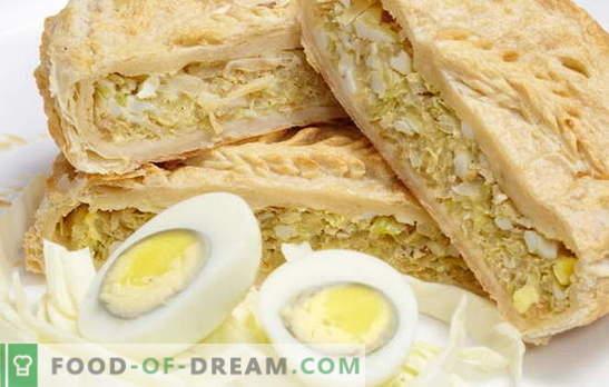 Sluoksnio pyragas su svogūnais, kiaušiniais: su ir be mielių. Originalūs pyragaičiai su svogūnais ir kiaušinių pyragaičiais