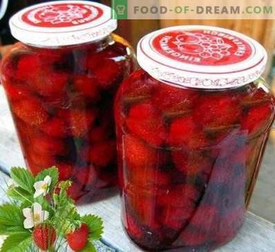 Maasikamass ilma toiduvalmistamiseta
