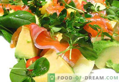 Salotos su avokadu ir lašiša - tinkami receptai. Greitai ir skaniai virkite salotas su avokadu ir lašiša.