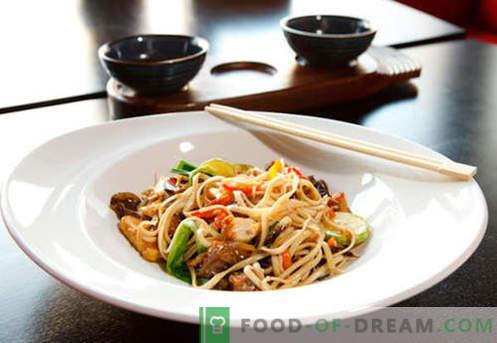 Udon makaronai yra geriausi receptai. Kaip tinkamai ir skaniai virti udono makaronai namuose.