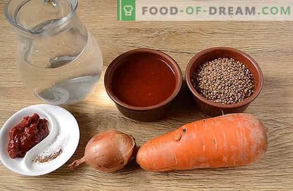 Grikių košė pomidorų padaže: maistas sportininkams ir svorio netekimas gali būti skanus! Paprastas grikių nuotraukų receptas kvapniame pomidorų padaže